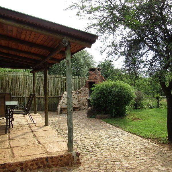 Acacia patio