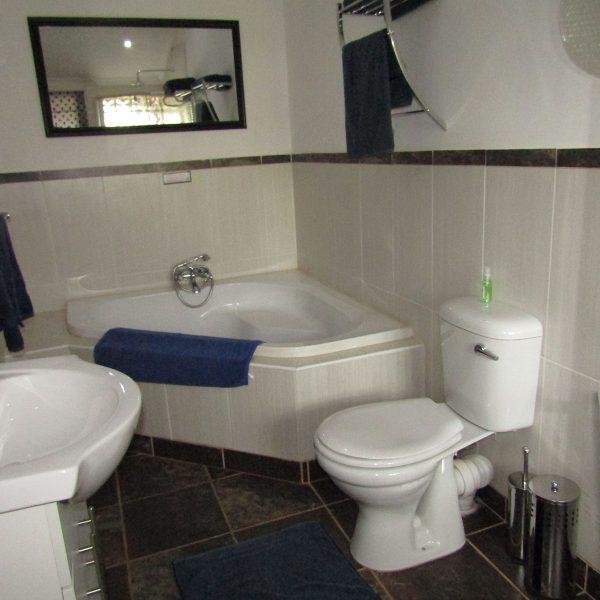 Bathroom for pool bedroom